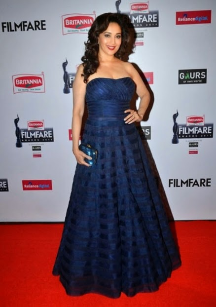 Madhuri Dixit in Blue Strapless Gown at 60th Britannia Filmfare Awards 2015