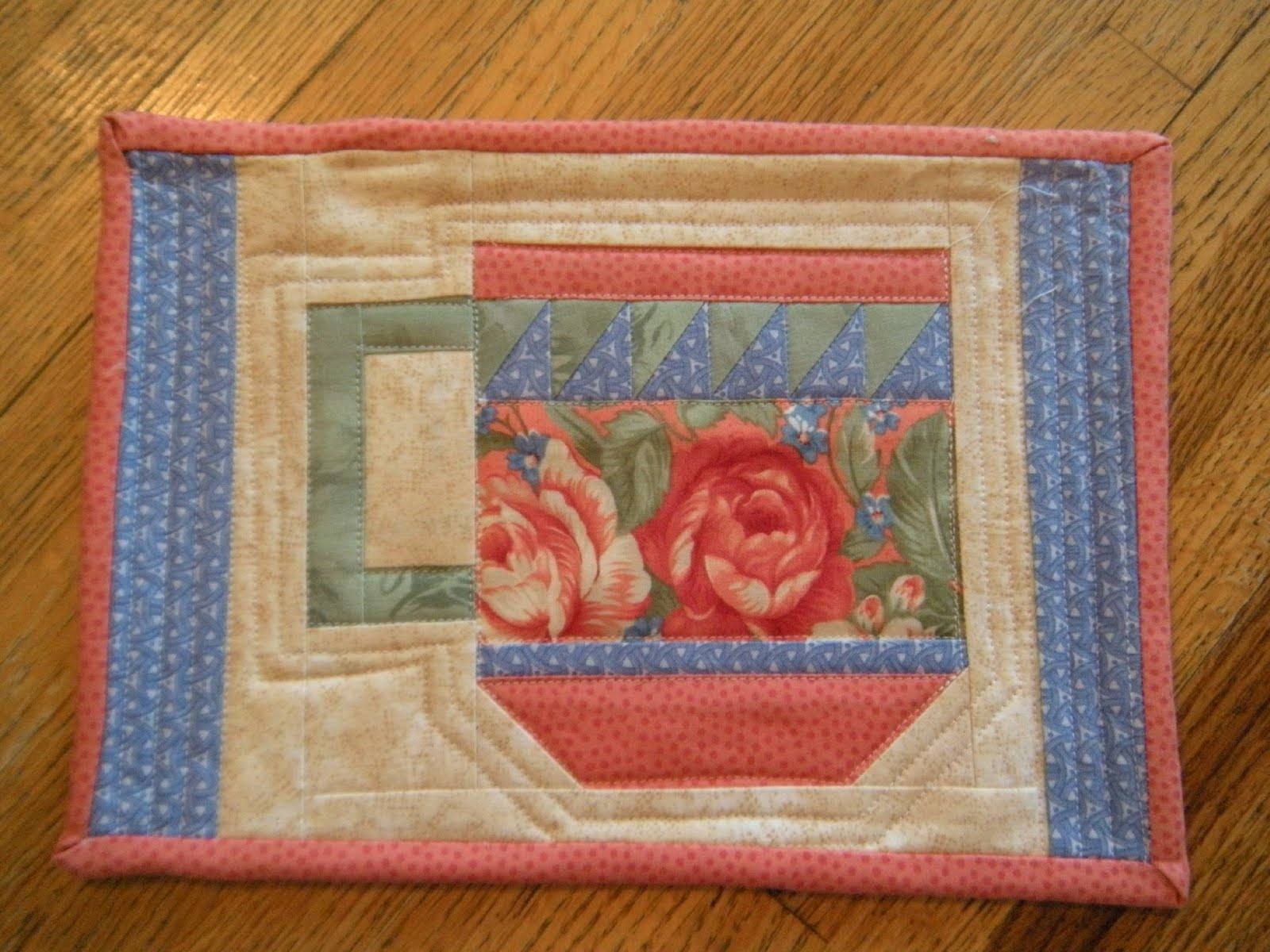 Life in the scrapatch more spring swap mug rug hugs for Easy rugs