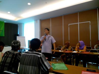 koperasi,akuntansi,masyarakat,keuangan,syariah,sharing,aktual,pelatihan,lembaga,profit,laba,lks