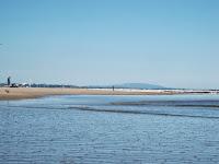 paisaje playa uruguay  cerros piriapolis verano