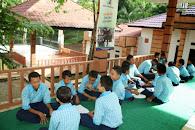 Mentoring Tarbawi  di Gazebo SMP IT Istana Mulia