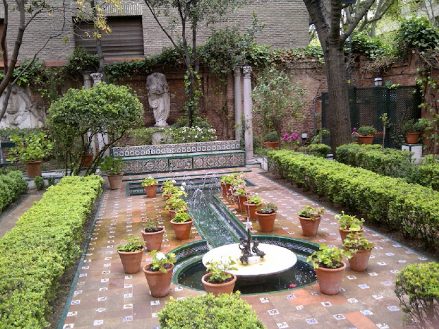 Patio and garden Museo Sorolla