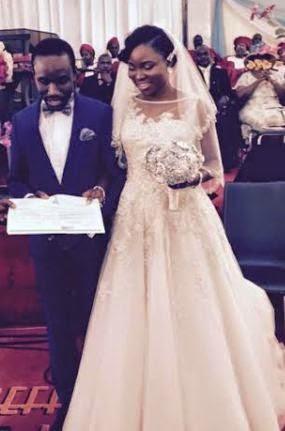 Journalist tolu ogunlesi and kemi agboola had their white wedding