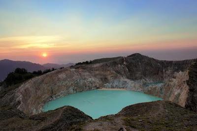 5 Tempat Wisata Flores Indonesia Yang Sangat Mempesona