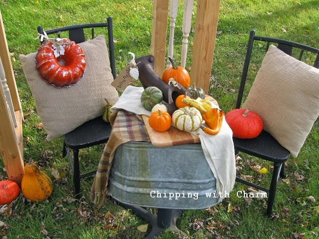 Chipping with Charm: Fall Outdoor Vignette 2013...http://chippingwithcharm.blogspot.com/