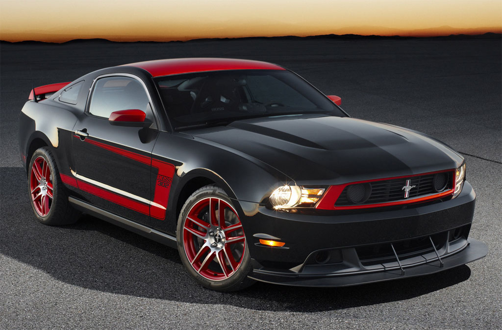 latest cars the 2012 ford mustang boss 302s latest reviews. Black Bedroom Furniture Sets. Home Design Ideas