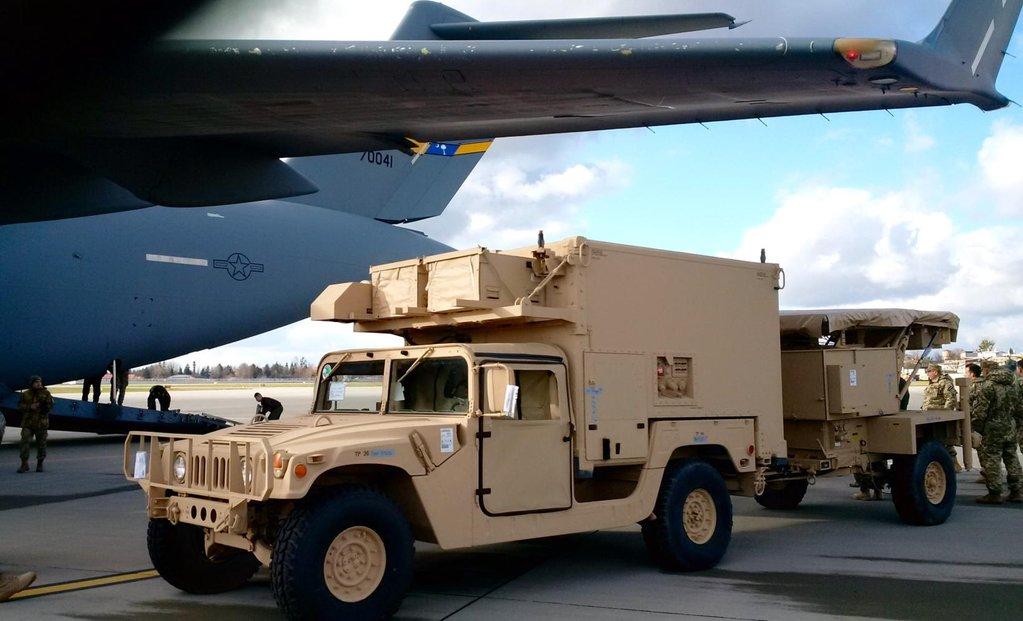C-17 Globemaster III USAF доставив до Львову AN/TPQ-36