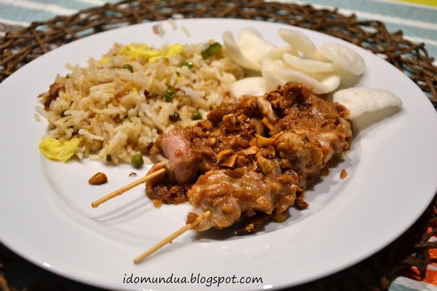 Pollo con salsa de cacahuetes: una receta oriental que se come en todo el mundo ¡No nos extraña!