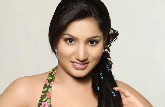 ruchchika actress pics
