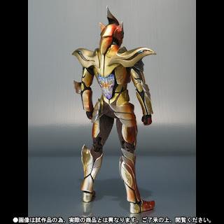 Bandai SH Figuarts Kamen Rider Wizard Phoenix Phantom figure