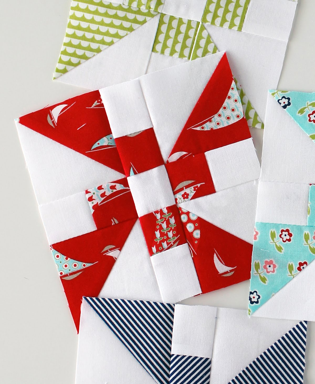 A Bright Corner: Tips for Piecing Small Quilt Blocks : quilt piecing tips - Adamdwight.com