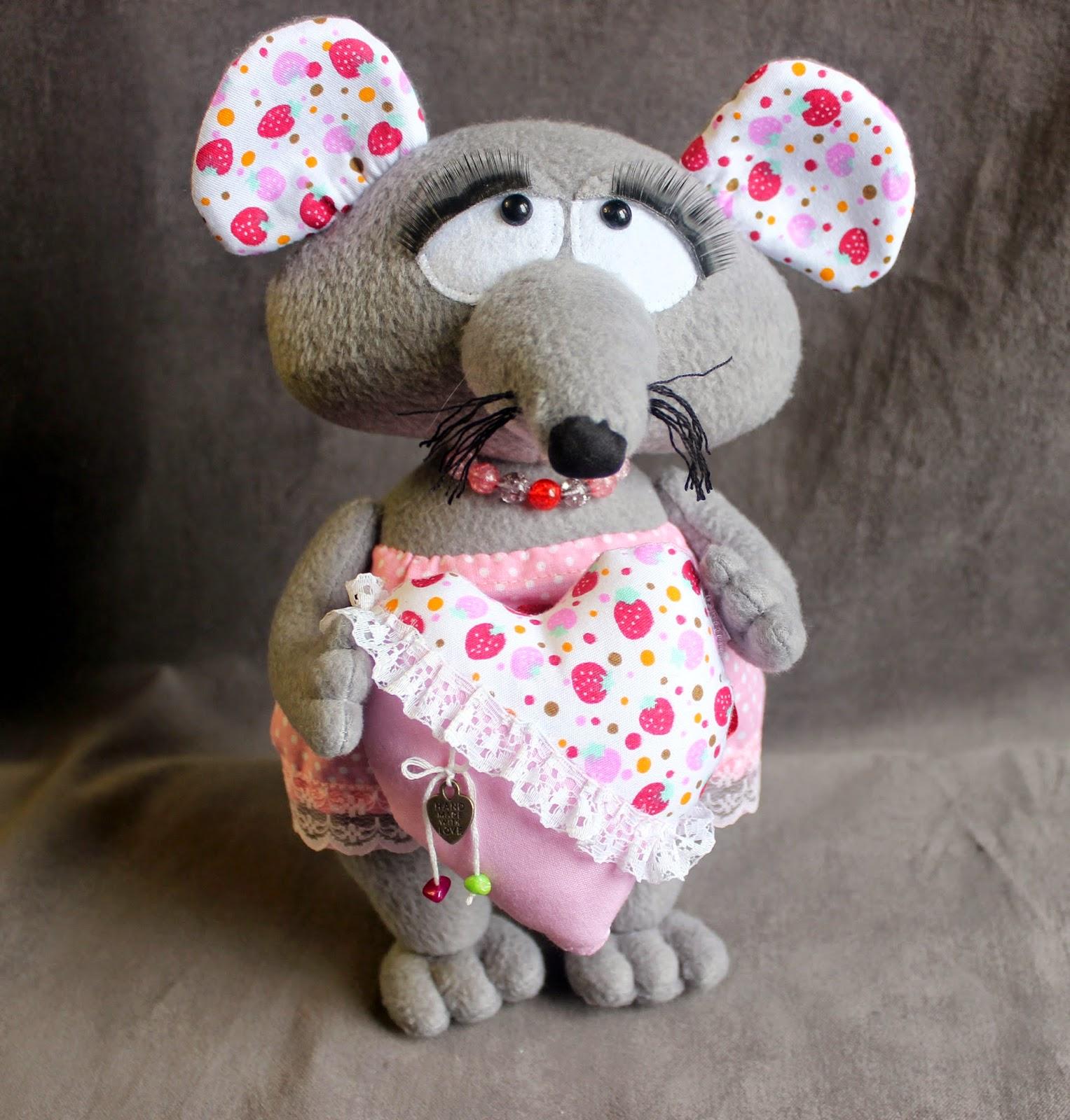 грустная мышь