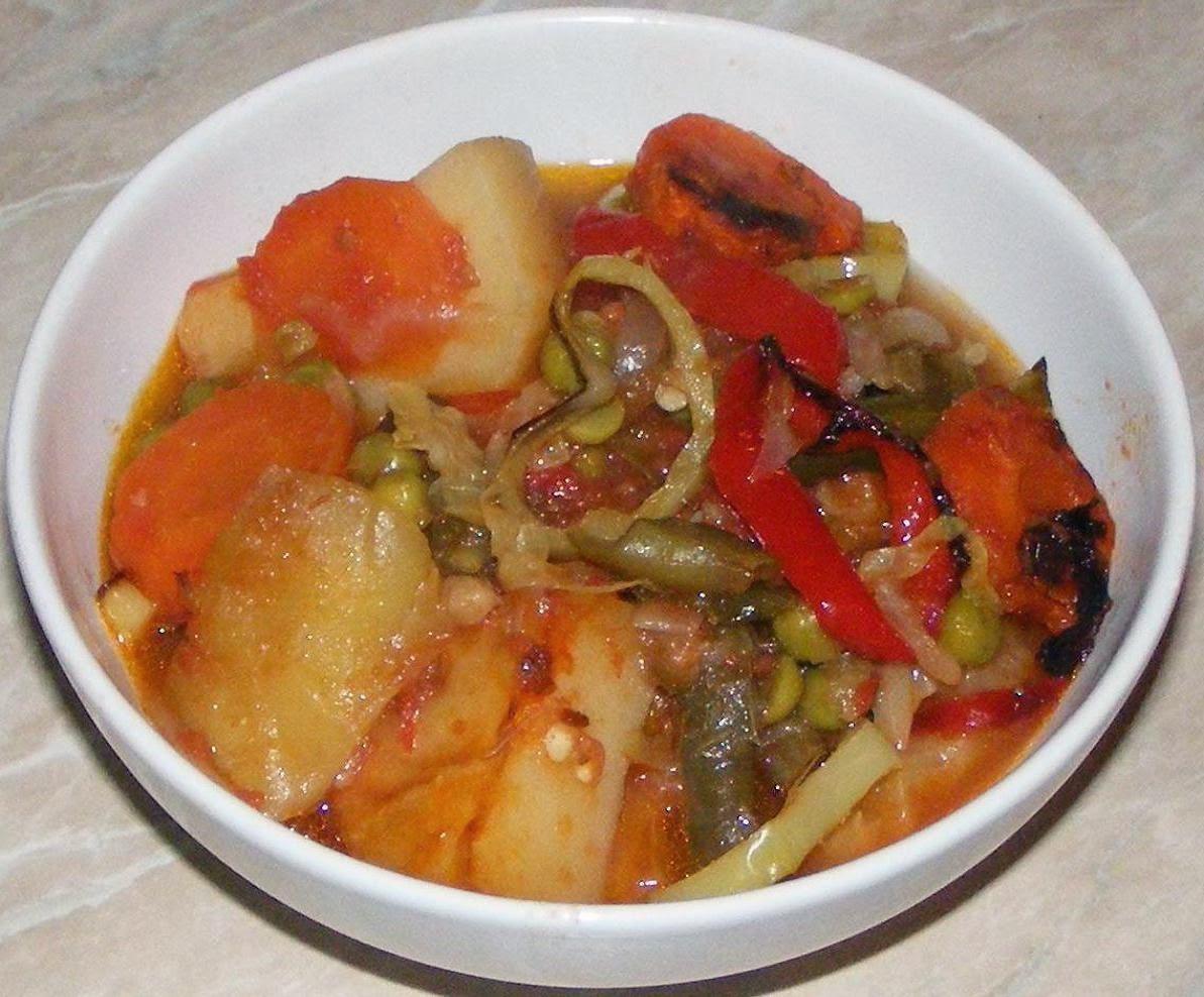 ghiveci, ghiveci de legume, ghiveci de post, ghiveci la cuptor, mancaruri de post, retete de post, mancare de post, retete culinare, preparate culinare, preparate de post, mancare de legume, legume la cuptor, reteta ghiveci,