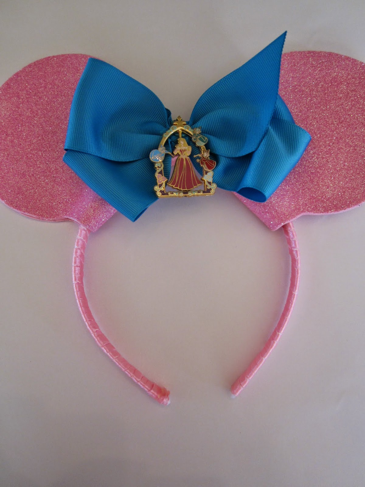 DIY: Sleeping Beauty Inspired Minnie Ears