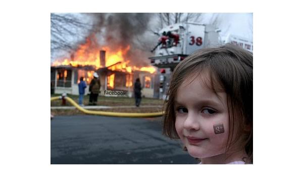 Google Plus Funny Images: Kid Burns Facebook border=