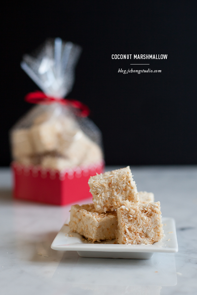 Coconut Marshmallows / blog.jchongstudio.com