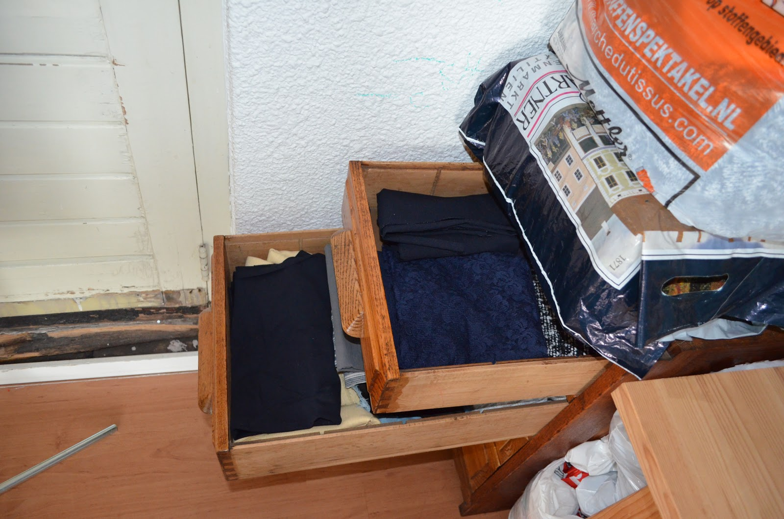 Red Point Tailor - Beata's stash - 2013Style The Stash Sew A Long