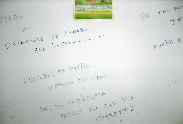 Poemas do meu livro Verbo na parede