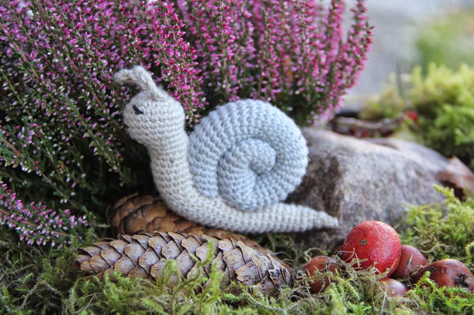 crochet snail amigurumi toy baby