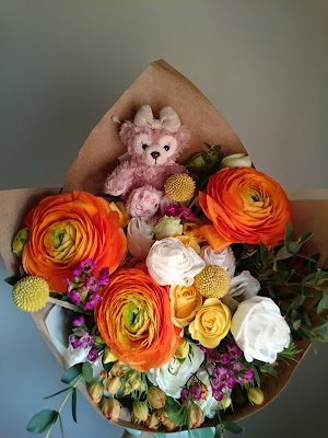 Flowers from Le Hubby!