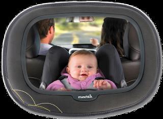 Espelhos para quando o bebé viaja de costas para a estrada