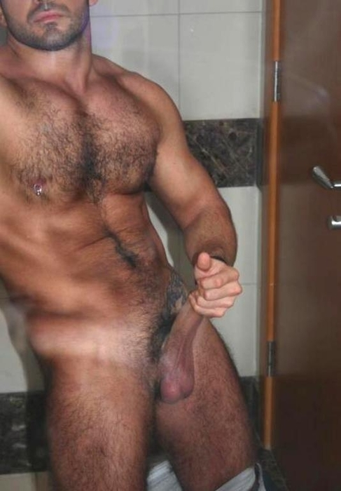 Hairy Muscle Jock Jacking Off Post Work Out