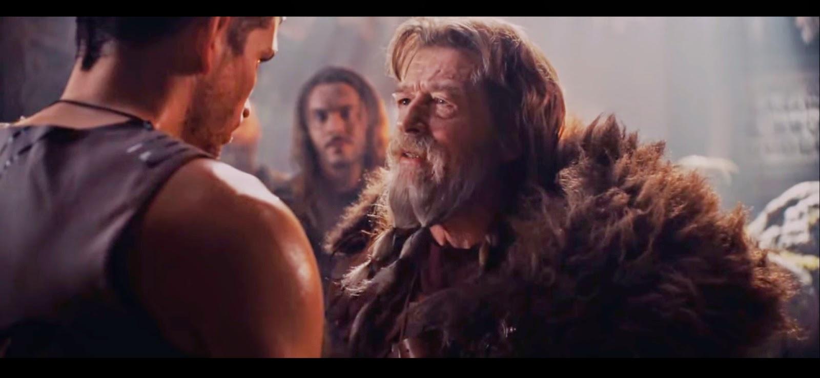 Como es normal, al principio nadie se fía de Kainan.