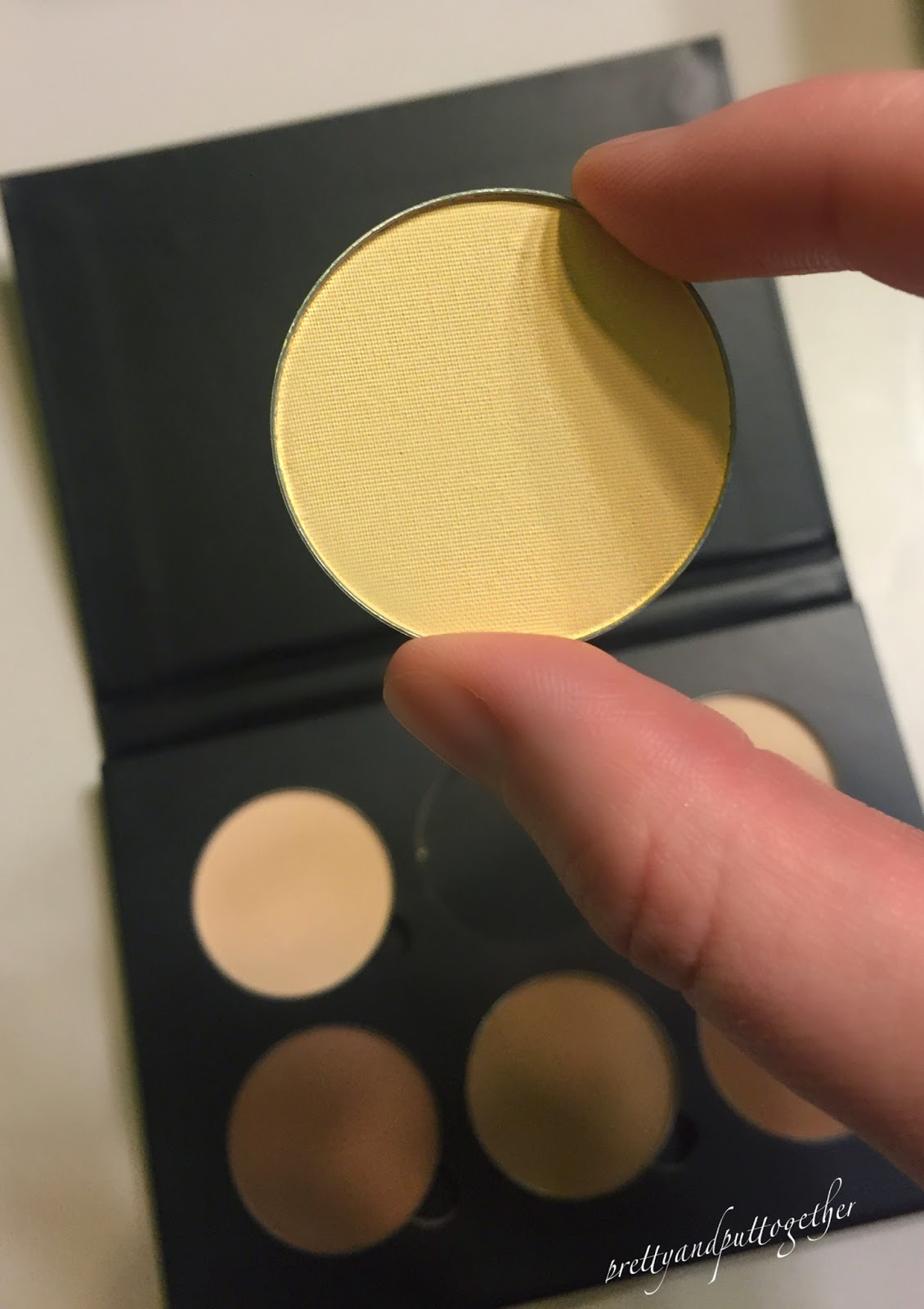 http://anastasiabeverlyhills.com/makeup/contour-refill-palette-colors.html