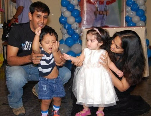 Actor Ajith Daughter Photos Baby Aboushka With Shalini Ajith Photos