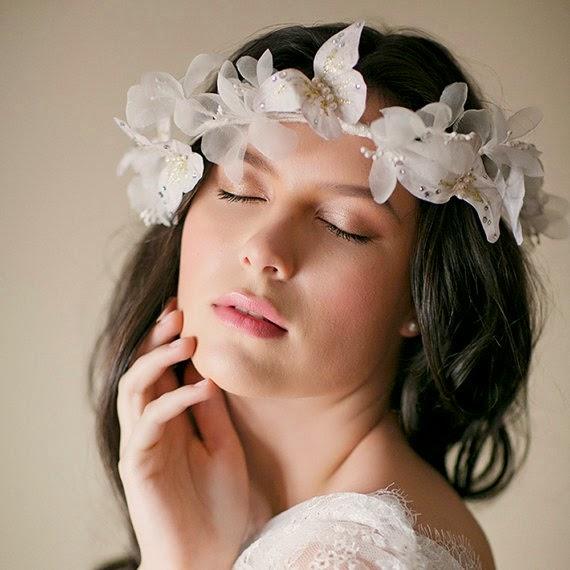 Peinados Con Corona Para Novias - Más de 1000 ideas sobre Peinados Con Tiara en Pinterest Peinado
