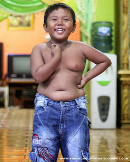 Indonesian kid Cigarette Smoking Record Ends