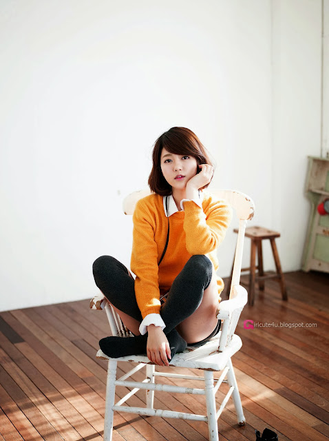 2 Bo Mi in yellow - very cute asian girl-girlcute4u.blogspot.com
