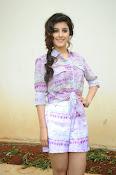 Isha Talwar glam pics-thumbnail-4