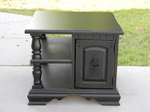 Black End Table with Shelf  *SOLD*