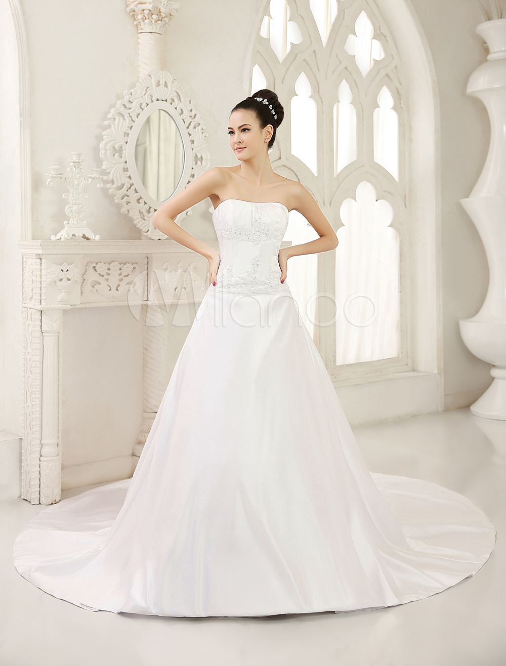 How do you choose your wedding dress
