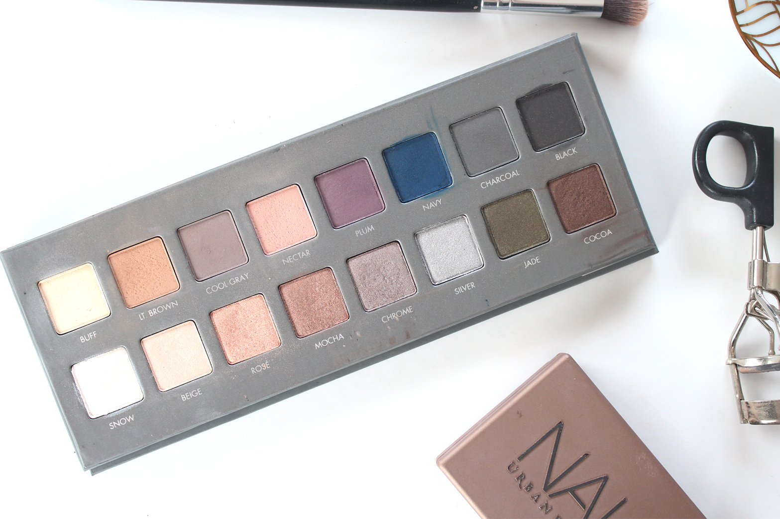 MY MOST USED EYESHADOW PALETTES - Urban Decay Naked 2, Chi Chi, LORAC Pro 2 Palette - CassandraMyee