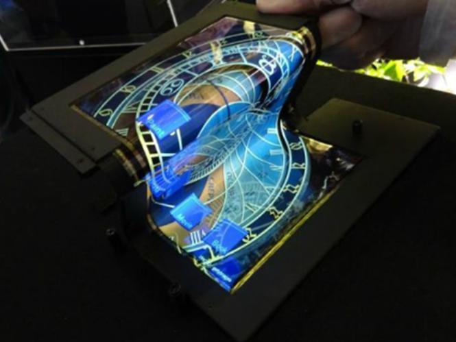 Tecnología del futuro: Tablet con pantalla flexible
