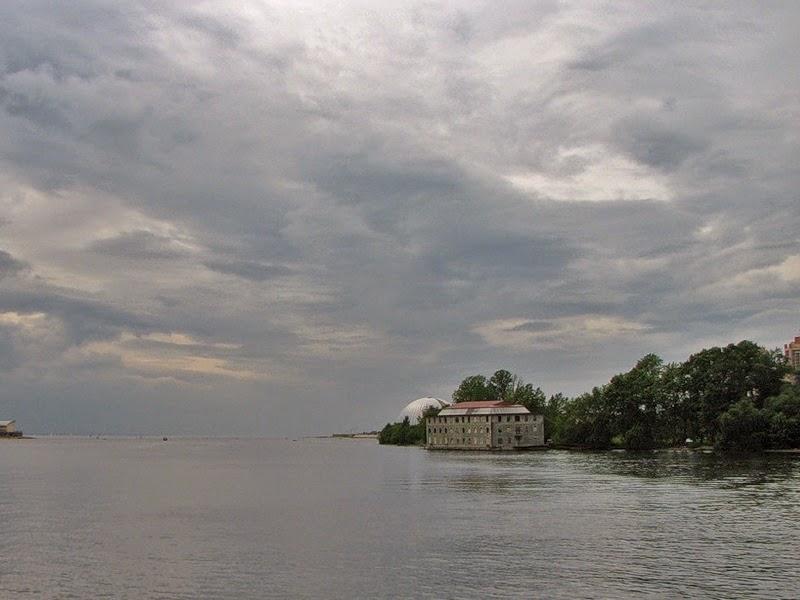 Водная экскурсия «Забытые острова»