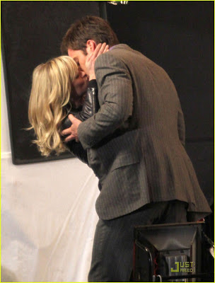 Reese Witherspoon Kissing Photo Gallery