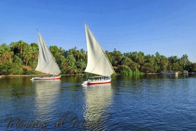 Crucero y falucas por el Nilo