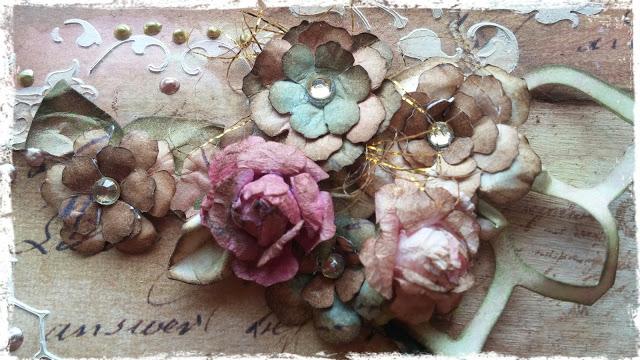 Flores de papel estilo vintage