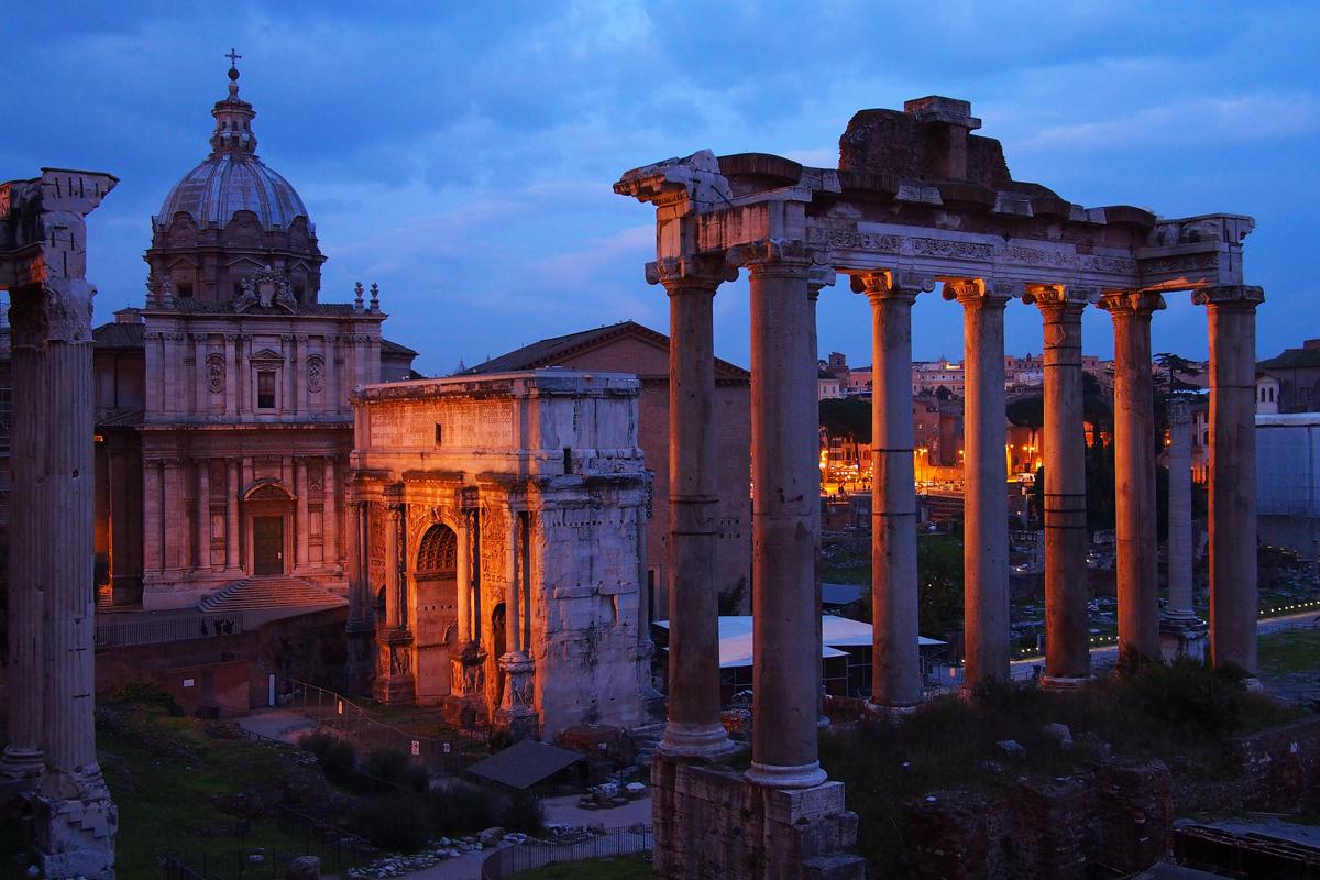 """Rom in einem anderen Licht sehen - Blaue Stunde - """"Fee ist mein Name"""""""