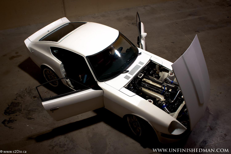 Datsun 260Z (Nissan Fairlady Z S30), kultowy, japoński stary samochód,  ダットサン, 日本車, チューニングカー, スポーツカー