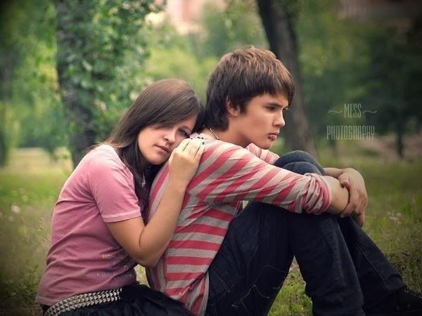 Sad couple photos send quick free sms urdu sms - Beautiful sad couple images ...