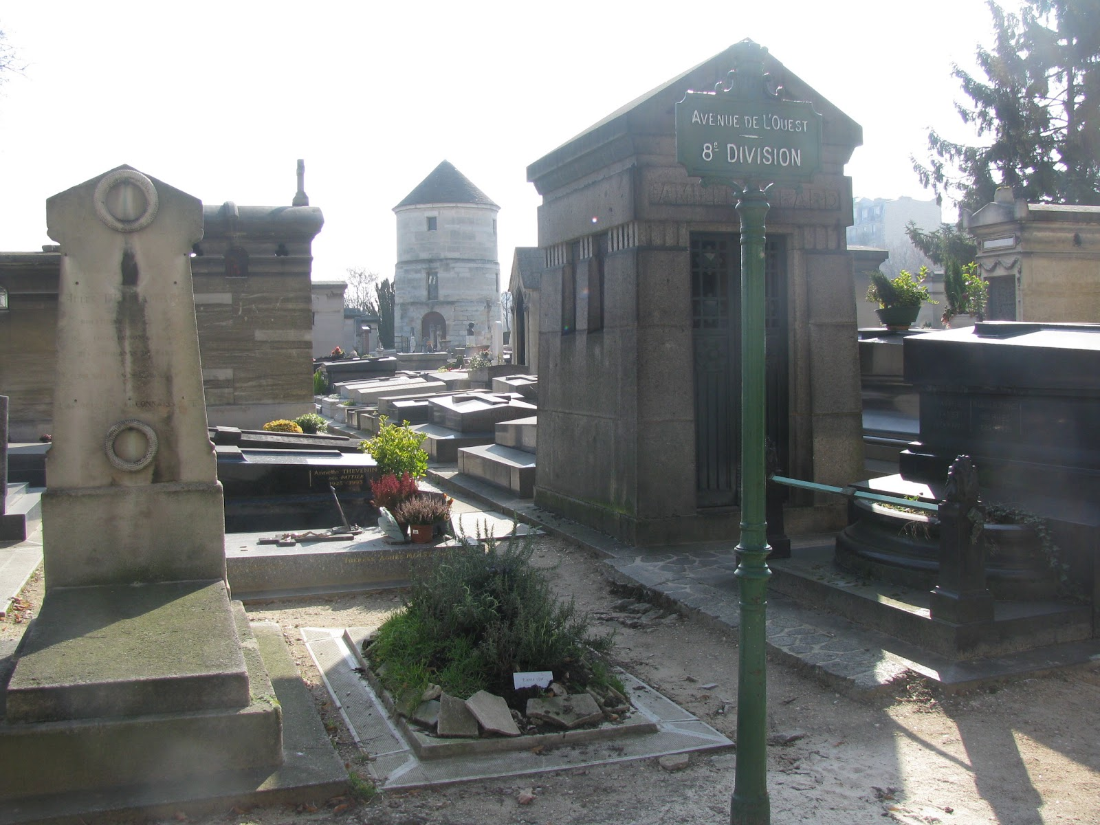 кладбище на Монпарнасе
