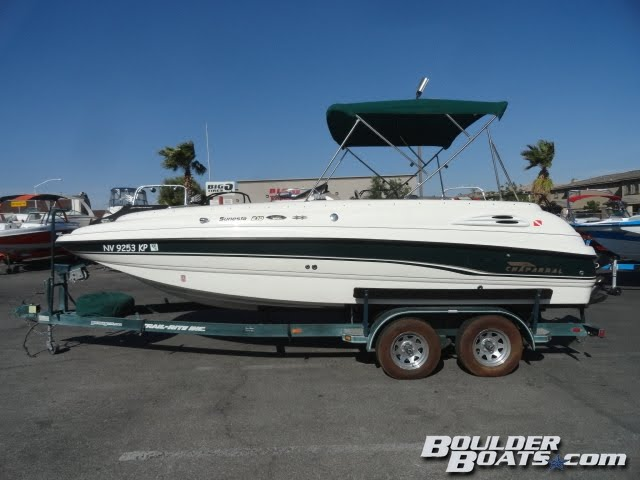 1998 Chaparral Sunesta 210 Deckboat