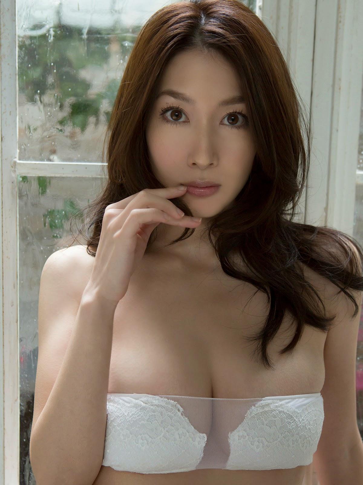 Idol Emi Kobayashi phim heo tạo dáng hấp dẫn 12