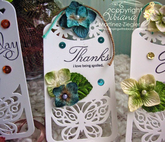 close up of one gift tag made with petaloo flowers