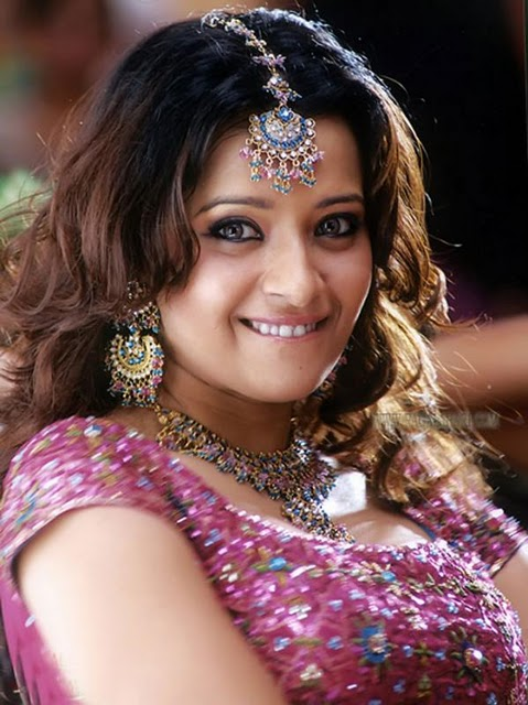 Reema Sen Hot Photo Gallery