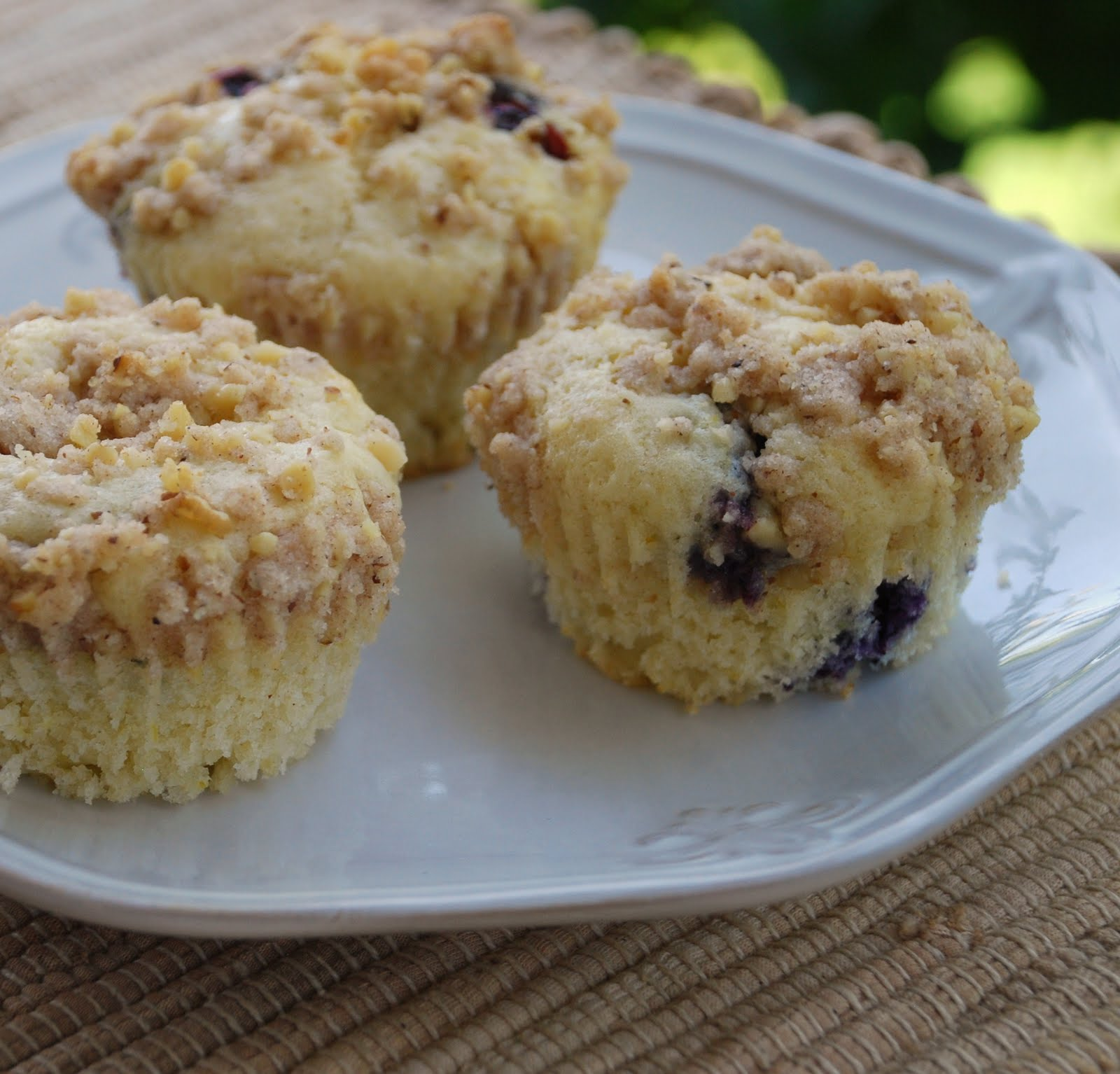 Everyday Insanity...: Perfect Blueberry Muffins